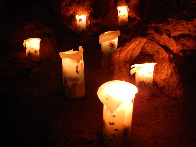 龍河洞キャンドルナイト1