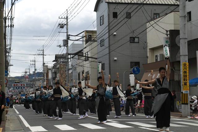 高知工科大学よさこい踊り子隊1
