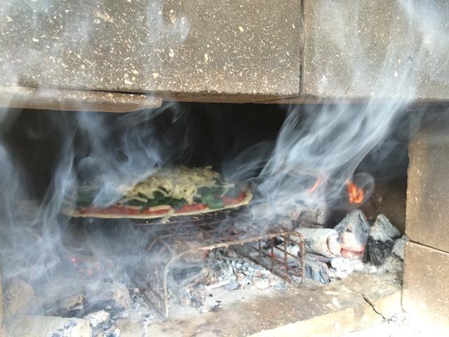 香美市でピザ焼2