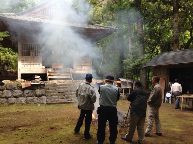 小松神社の秋祭。集落に人が少なくなっても、「自分たちでできる限りはやろう」と、年2回、夏と秋に神祭が行われる。