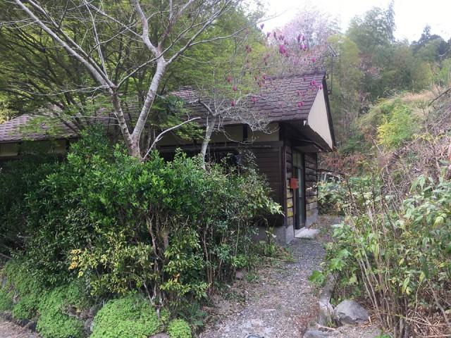 神池のお家