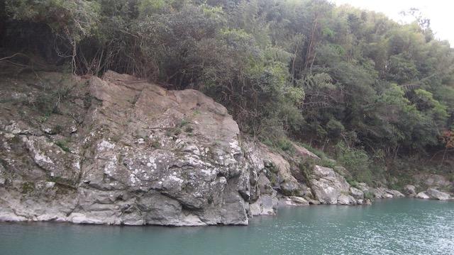 物部川−岩