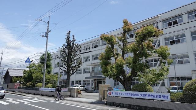 山田高校校舎2